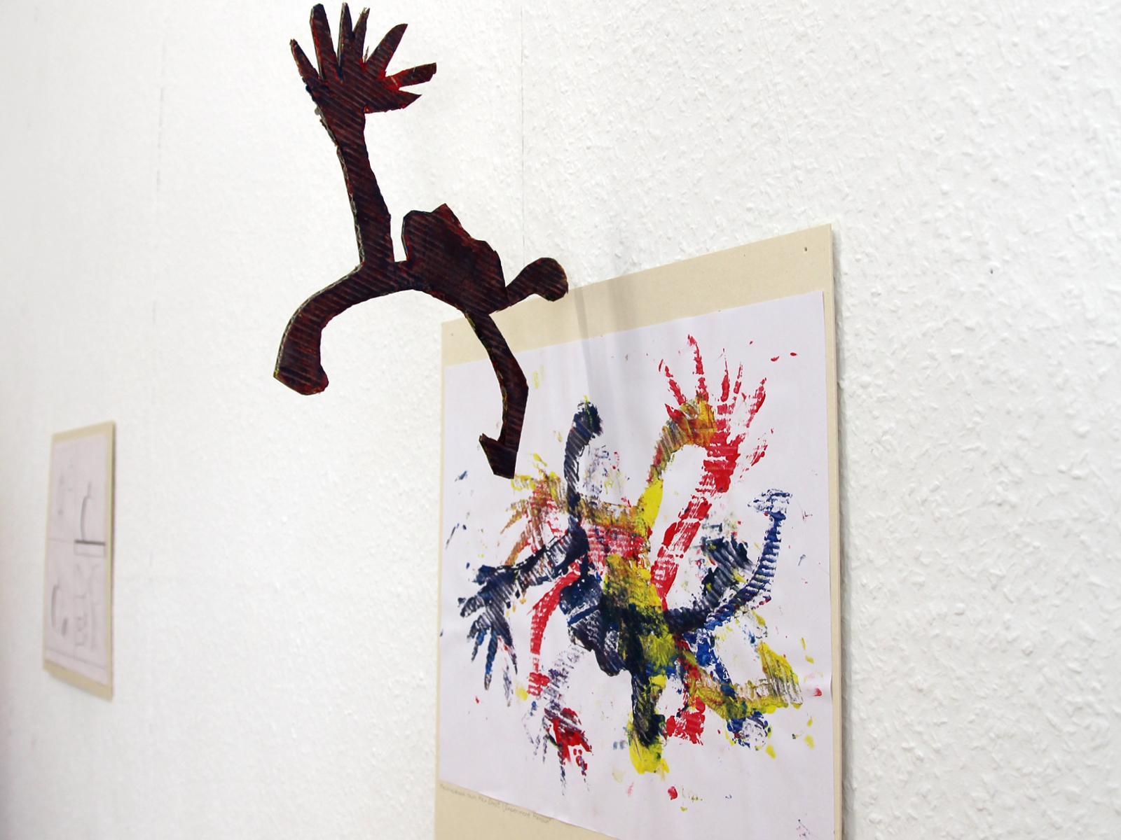 Kunstgespuer Kinderatelier-Ausstellung-Fantasievolle-Druckgrafik-Plastik Vorschulkind