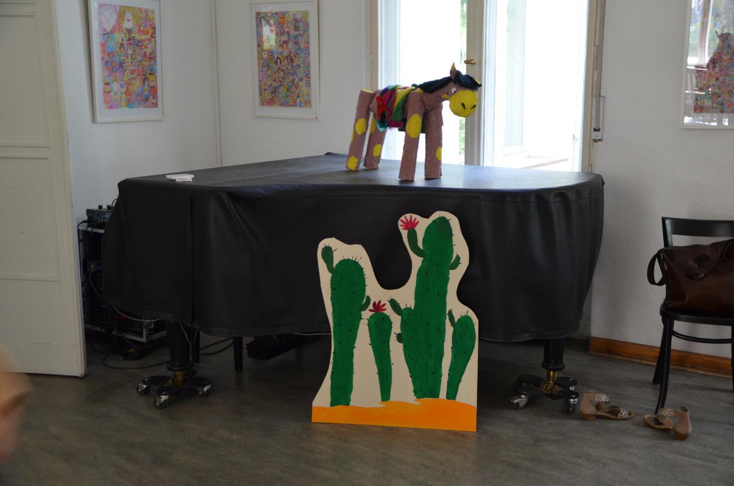 Kunstgespuer Figur Pony Lesekreis PR Bürgerhaus Cowboy Klaus